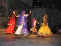041218062214_traditional_indian_dance