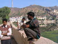 041221111104_three_men_in_bundi