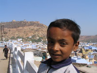 041221113620_boy_in_bundi