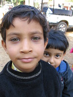 041229104138_indian_boy_and_his_brother