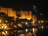 041217052900_udaipur_at_night