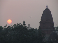041130032218_red_sun_and_digambara_jain_temple