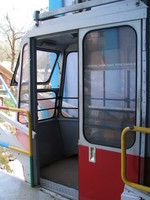 041130230924_cable_car_to_snow_view
