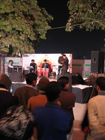 050105184324_mini_concert_in_connaught_place
