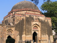 050107144918_mosque_and_tomb