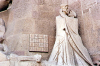 004_spain_gaudi_magic_square