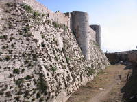 021_the_inner_city_wall_of_krak