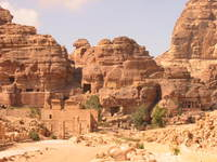 005_petra_city_center