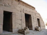 004_chapels_of_mut_amun_and_khons
