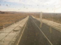 039_bus_that_borke_down_in_the_desert