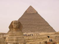 015_sphinx_and_the_pyramid