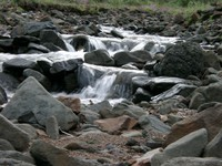 07210044_creek_like_a_waterfall