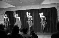 07250030_girls_of_frantic_follies