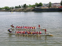 1070767_dragon_boats