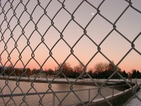 01030040_wire_fence_and_moon