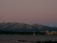 01030048_sailboat_in_sunset