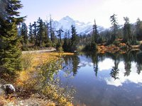 004_lake_in_mt_baker