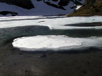 017_descend_to_the_ice_lake