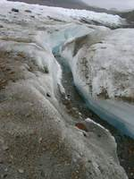 11180042_river_of_glacier