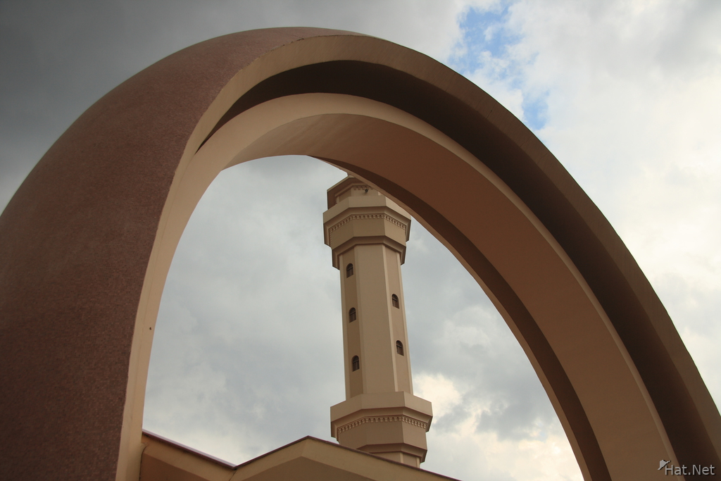 view--arch of grand mosque in kampala