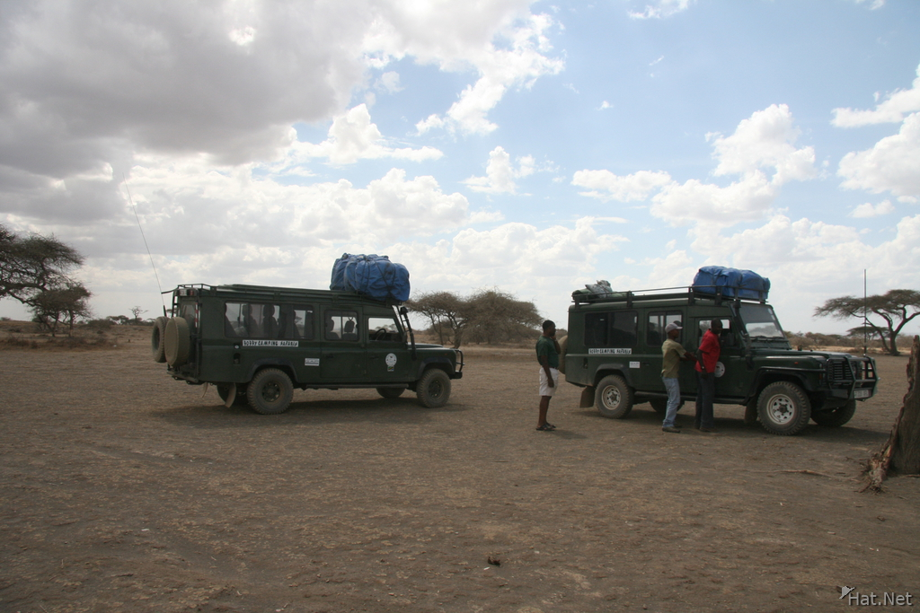 jeeps from bobby camping safaris