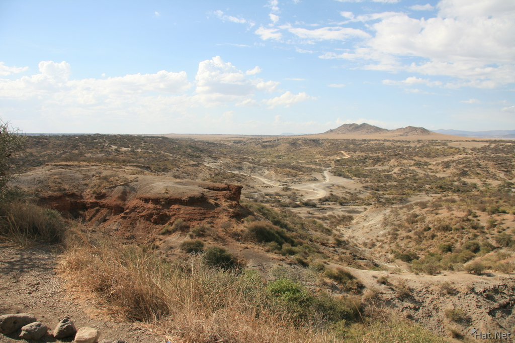 oldupai valley hiking trail