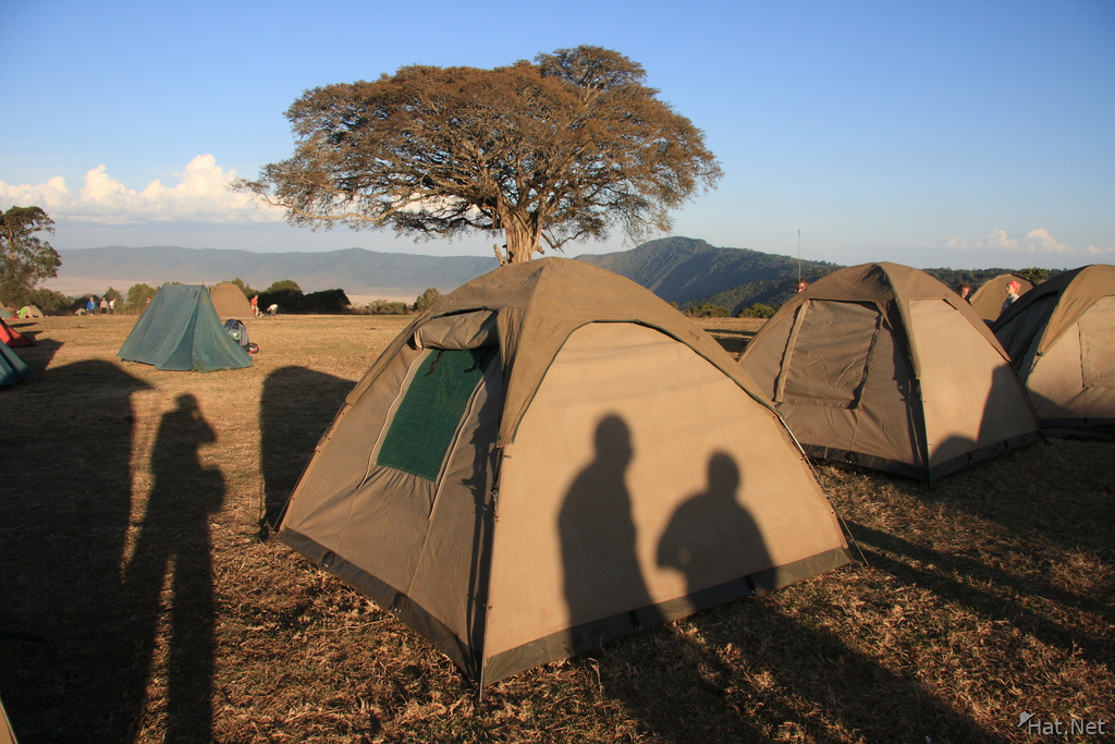 hotel--tents in ngorongoro
