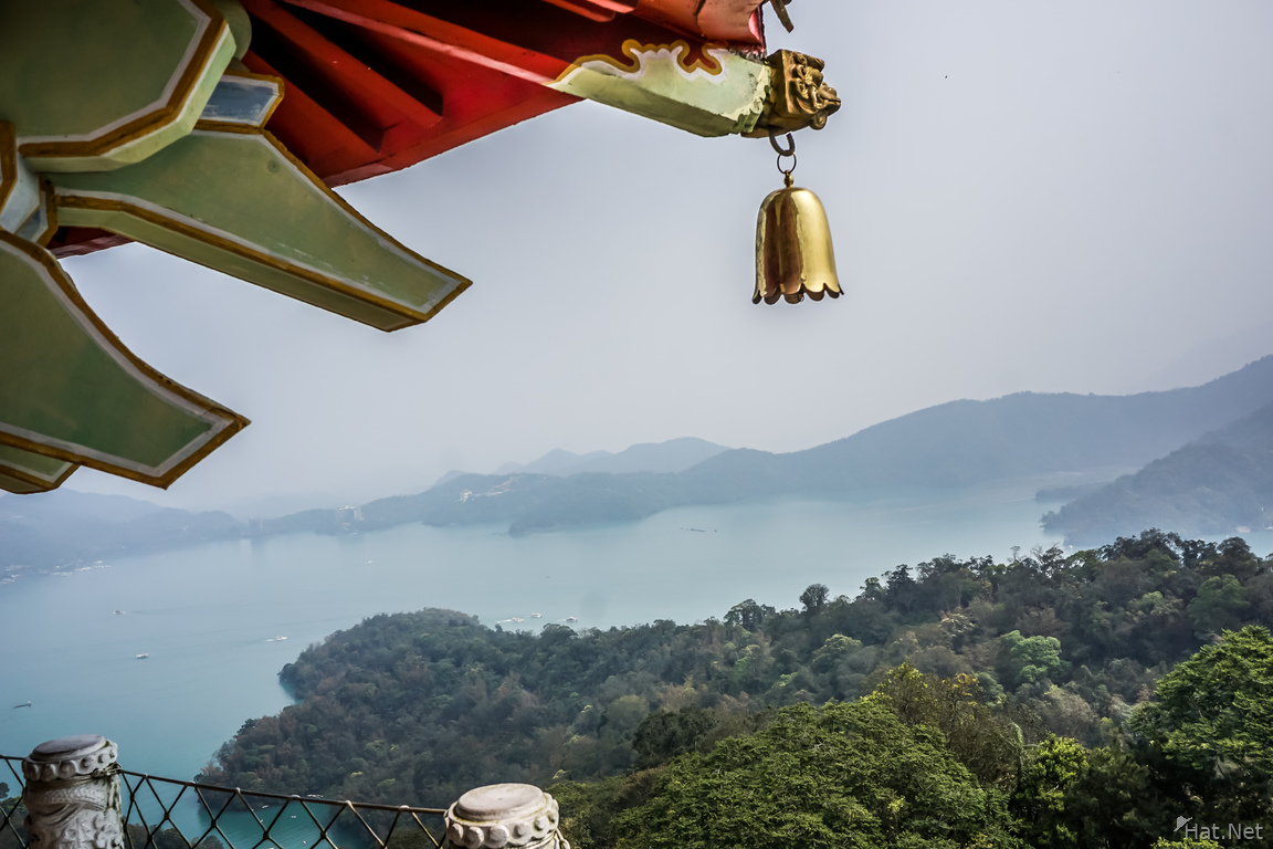 Sun Moon Lake Xuankong Temple