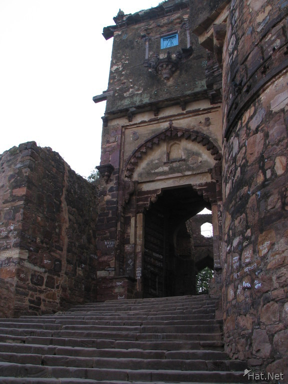 entrance to ranthambhore fort