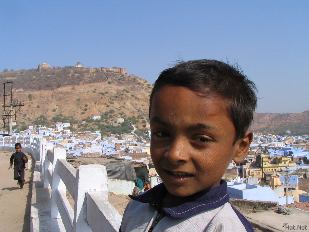 boy in bundi