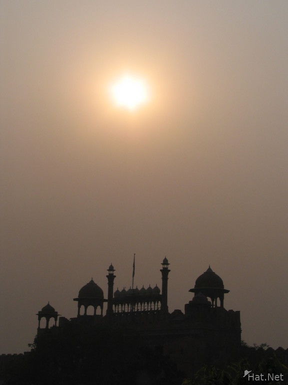 red fort and polluted sky
