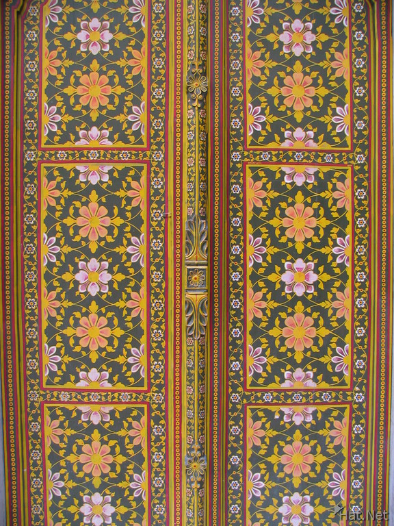 flowery doors at phool mahal