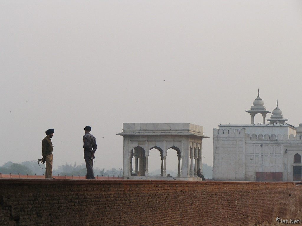 guards of red fort