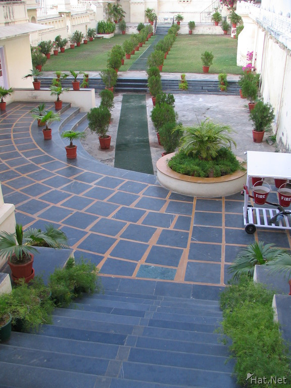 Beautiful garden udaipur 100 thousand photos for Indian beautiful garden