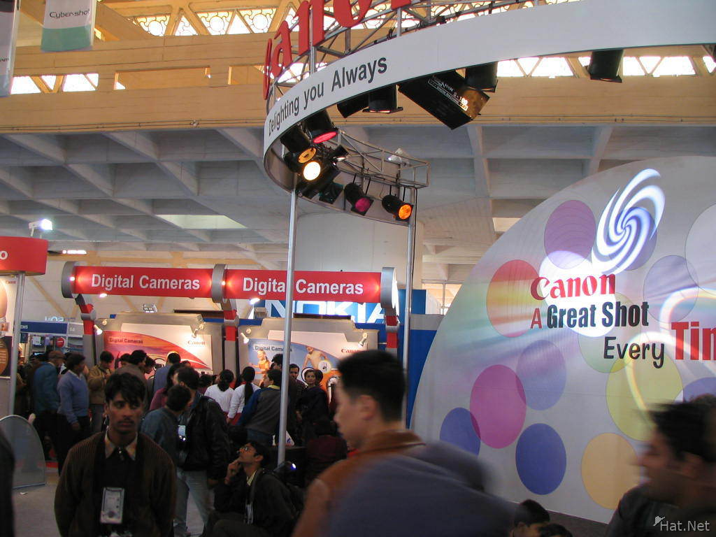 canon digital cameras booth at photo imaging asia