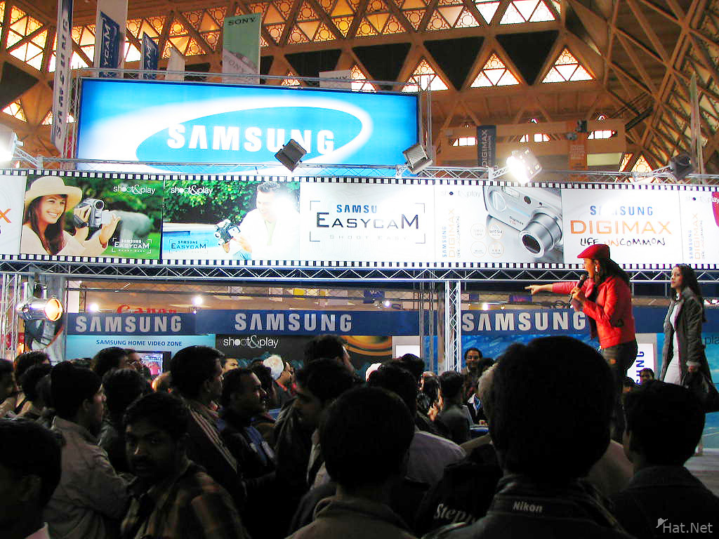 samsung booth in imaging asia