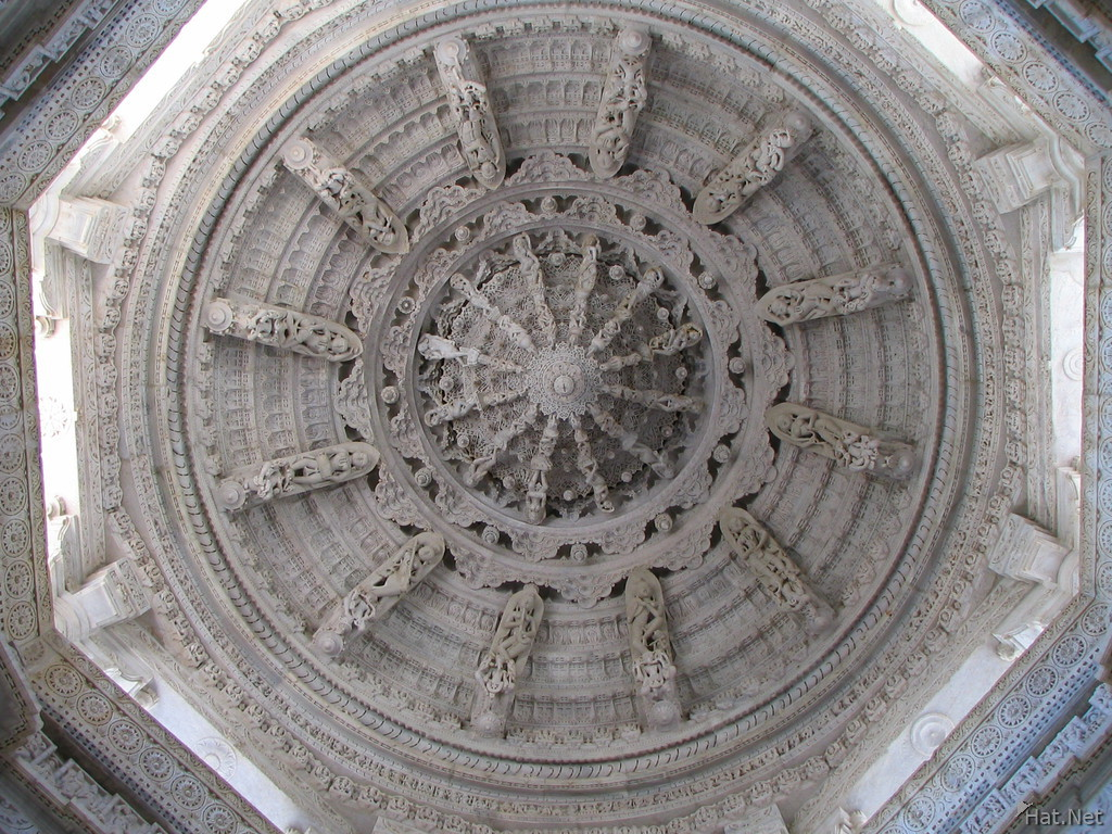 ceiling of jain temple in ranakpur
