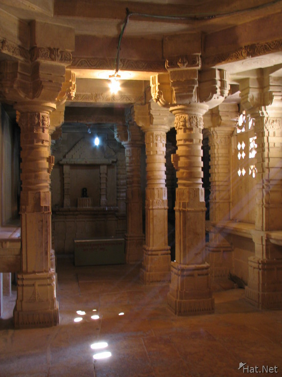 heavenly light in jain temple
