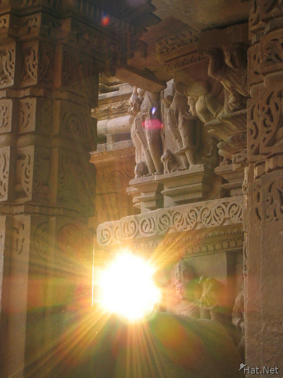 setting sun of khajuraho