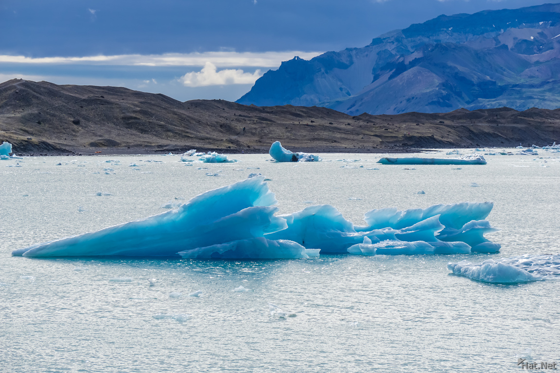 Jokulsarlon Glacier arrow ice