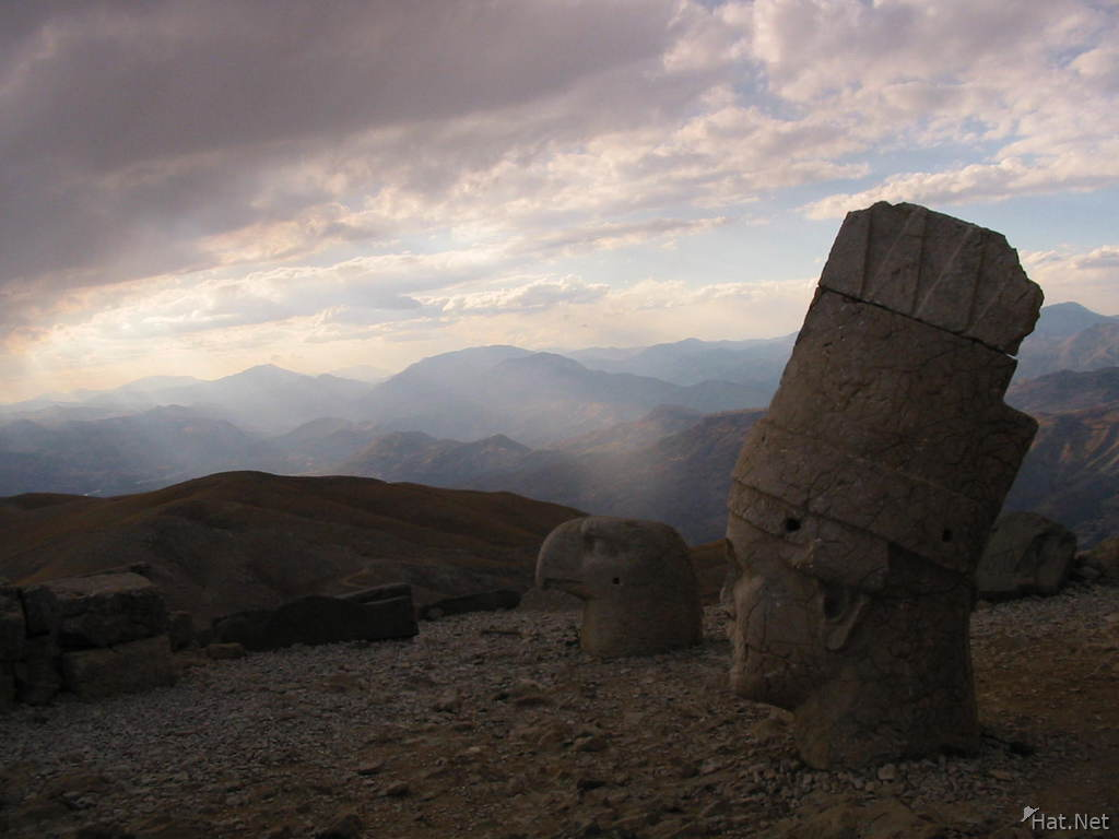 nemrut shower of light