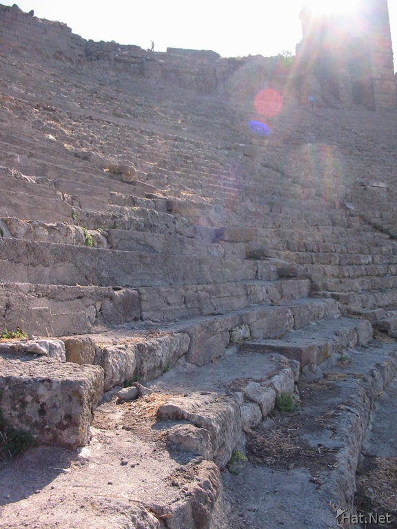 hellenistic theatres s