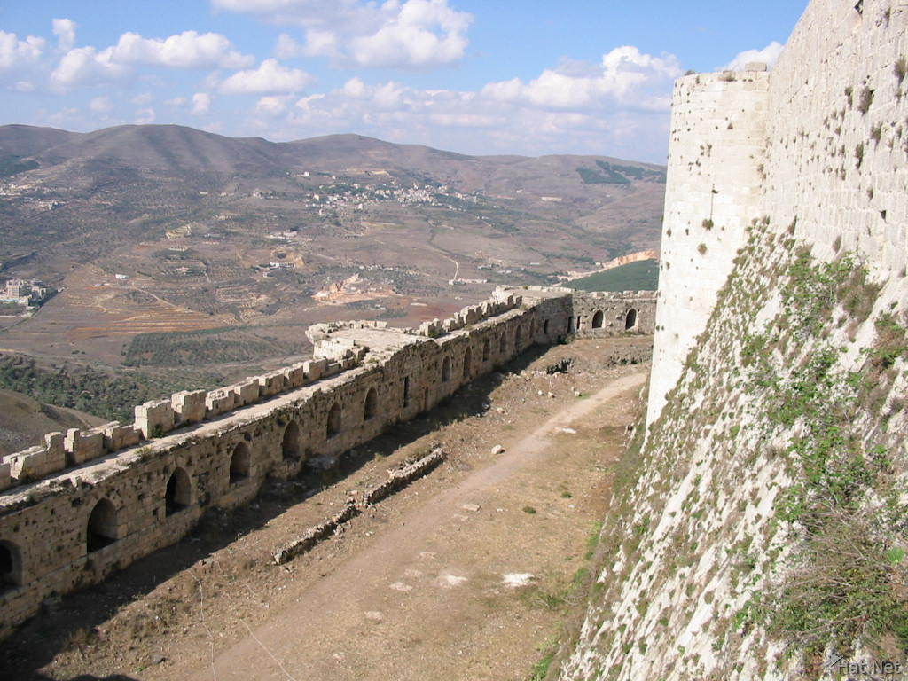 the city wall of krak