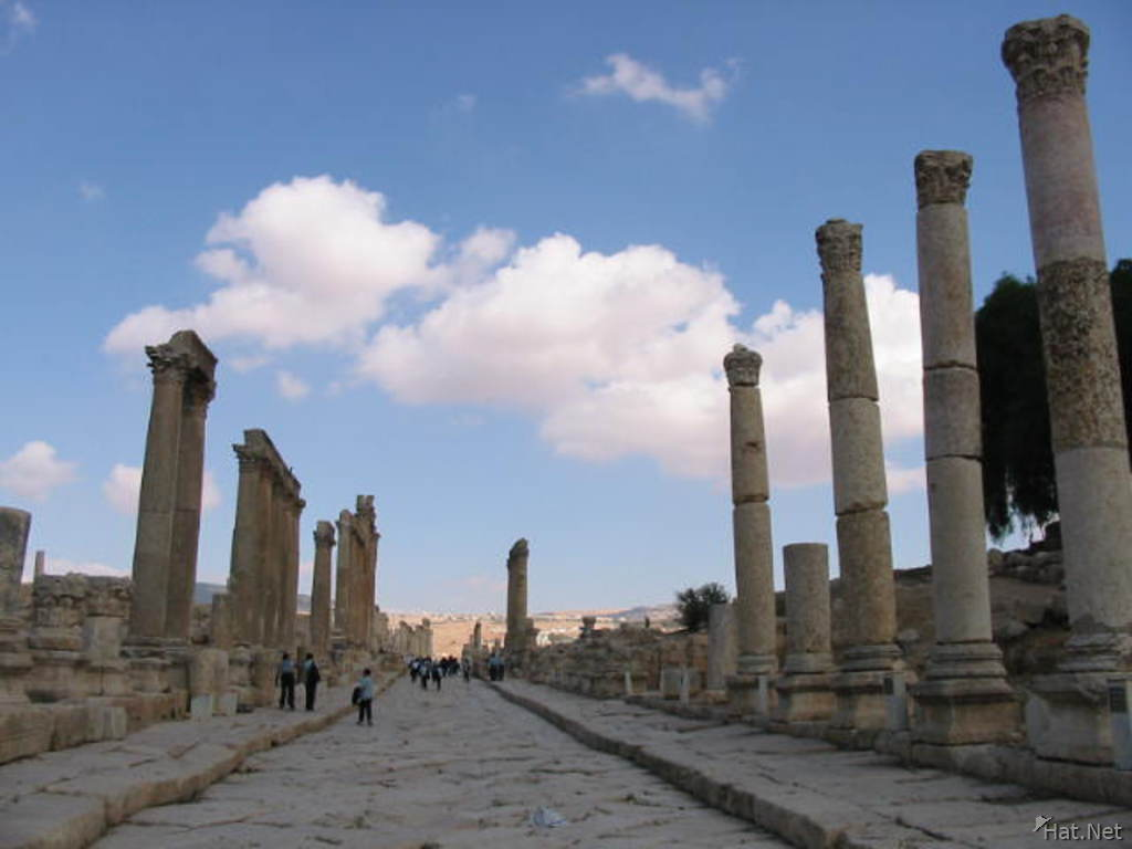 colonnaded street s