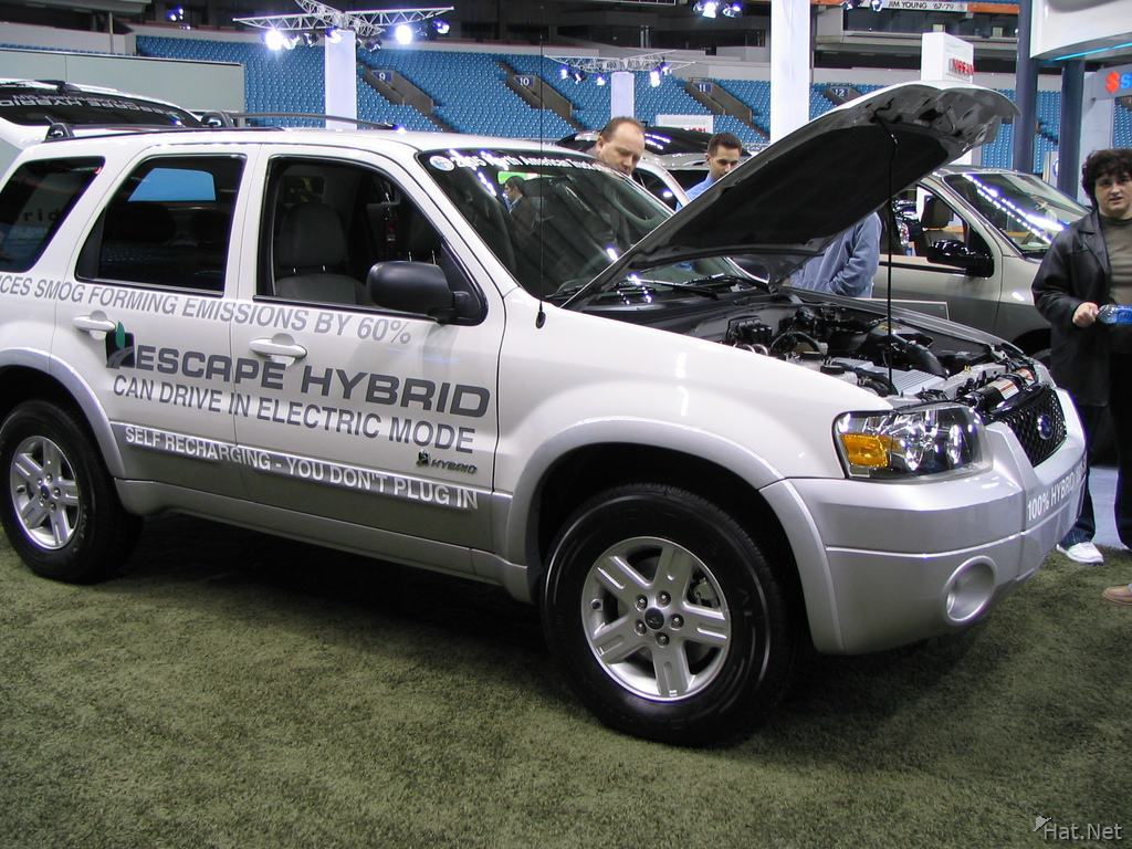 ford escape hybrid 4wd