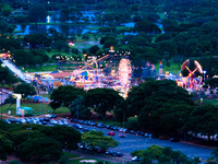 20091107191700_view--brasilia_amusement_park