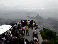 20091111113926_chrito_redentor_viewing_platform
