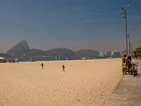 20091114102920_gloria_beach_of_rio