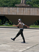 20091114111830_marching_of_brazilian_guard