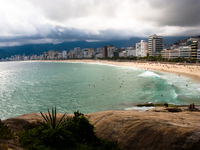 20091113162404_beauty_of_ipanema